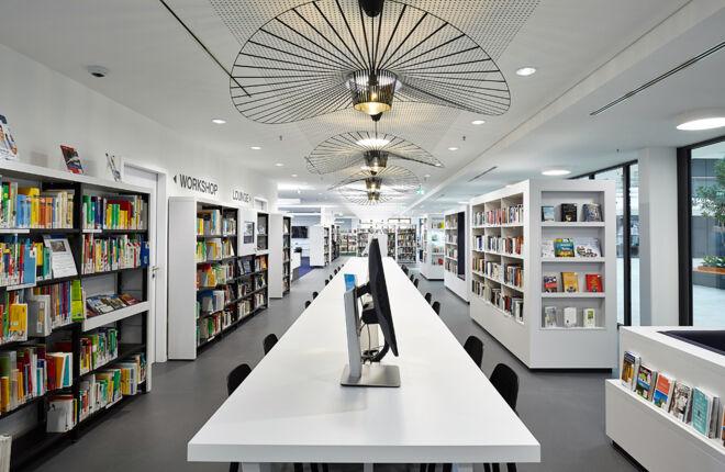Außenansicht Bücherhalle Volksdorf