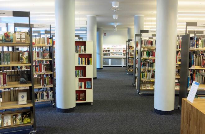 Innenansicht Bücherhalle Barmbek