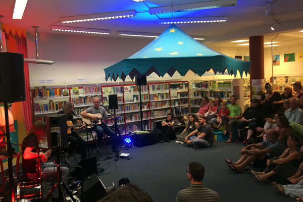 Musikveranstaltung in der Bücherhalle
