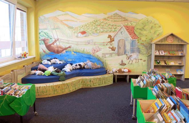 Innenansicht Bücherhalle Eidelstedt