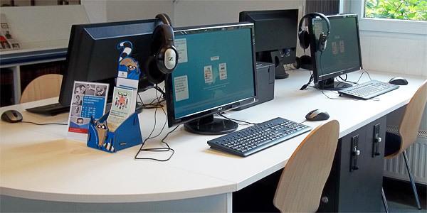 Kunden-PCs in der Bücherhalle Fuhlsbüttel