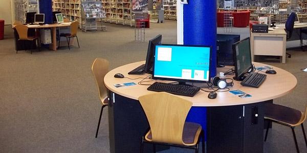 Kunden-PCs in der Bücherhalle Harburg