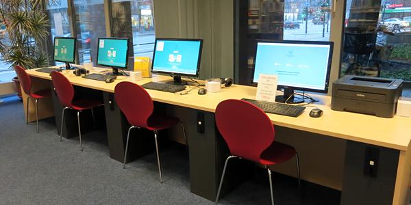 Kunden-PCs in der Bücherhalle Lokstedt