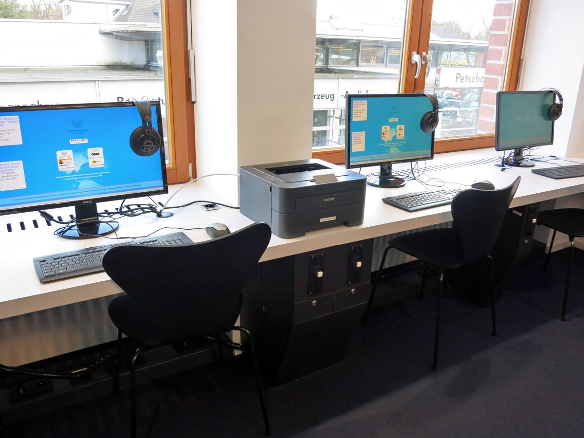 Kunden-PCs in der Bücherhalle Volksdorf