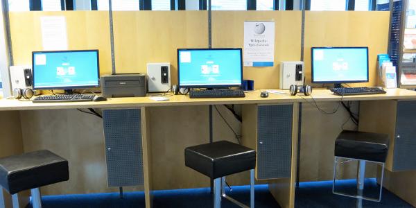 Kunden-PCs in der Bücherhalle Wandsbek